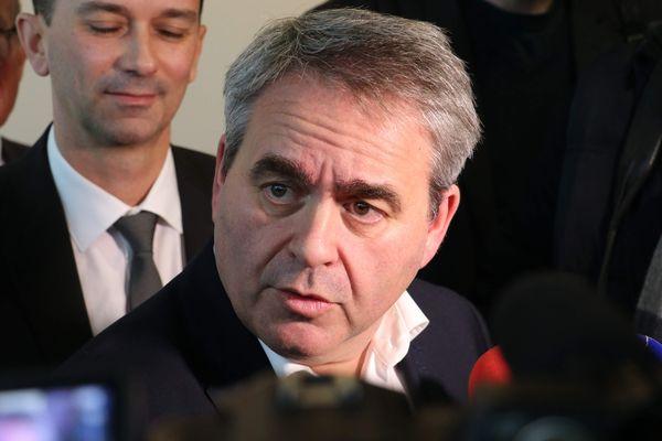 """Le président de la région Hauts-de-France est notamment à l'initiative de l'opération """"un masque pour chacun"""" pour fournir à chaque habitant de la région un masque réutilisable en vue du déconfinement."""