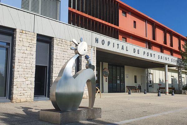 Gard - le centre hospitalier de Pont-Saint-Esprit - archives