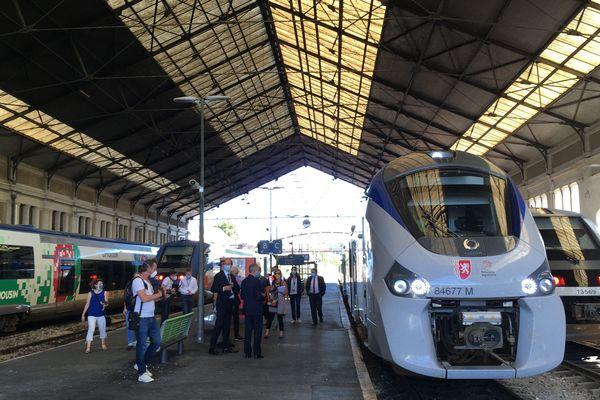 En gare de Périgueux.
