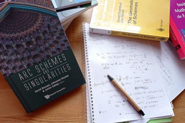 La part des femmes maîtres de conférence et professeures à l'Université en mathématiques fondamentales plafonne à 14% en 2018