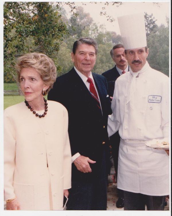 Michel Grobon en compagnie de Nancy et Ronald Reagan