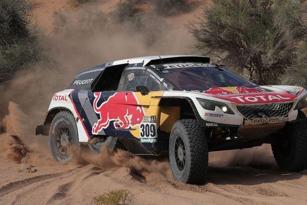 Image d'archives Peugeot 3008 sur le rallye Paris Dakar