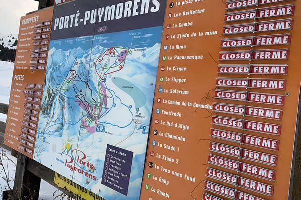 La station de Porté-Puymorens affiche 100% de pistes fermées. Les remontées mécaniques sont à l'arrêt.