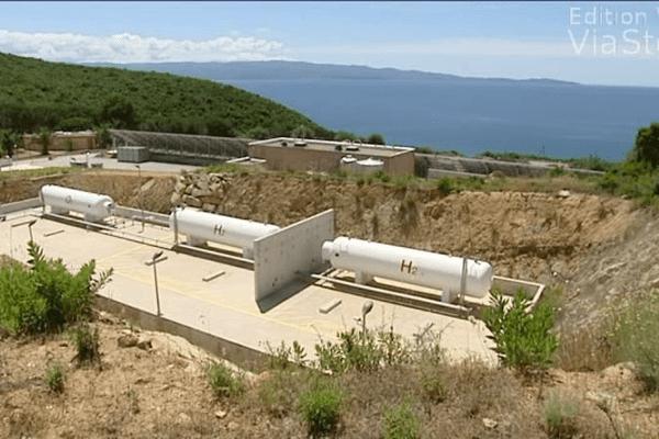 La plateforme MYRTE expérimente une pile à hydrogène en Corse pour transformer et stocker l'énergie photovoltaïque