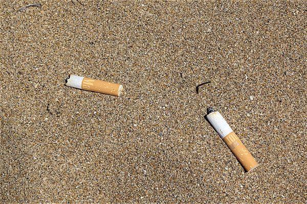 A Marseille, fin du tabac à partir de samedi 15 août sur les plages de Borély, Bonneveine, Pointe-Rouge et du Prophète.