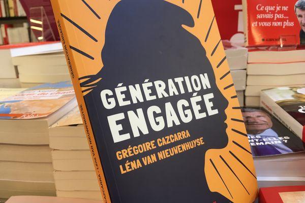 """""""Génération engagée"""", co écrit par Grégoire Cazcarra et Léna Van Nieuwenhuyse, deux étudiants."""