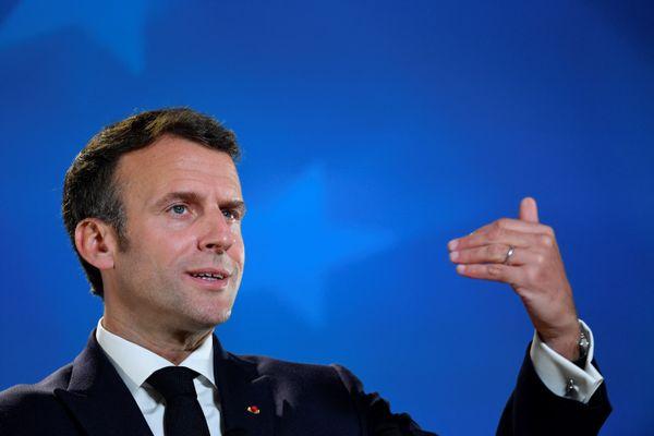 Le président de la République sort de sa réserve dans le débat autour des langues régionales