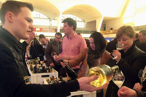 La troisième édition du casse croûte des vignerons s'est tenue mardi 10 avril dans les Halles du Boulingrin de Reims.