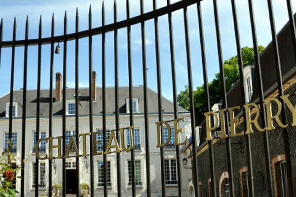 Fermé depuis le second confinement, le château de Pierry attend sa réouverture avec impatience.