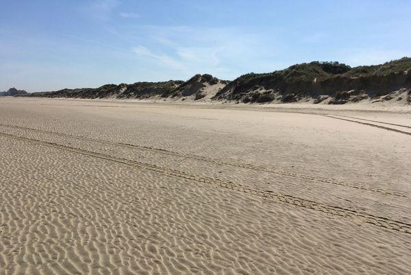 Les dunes de Zuydcoote où se cachaient les soldats pour échapper aux avions allemands.
