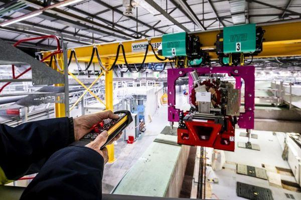 Les premiers composants de l'EBS, le premier synchrotron au monde de quatrième génération à haute énergie ont été installés.