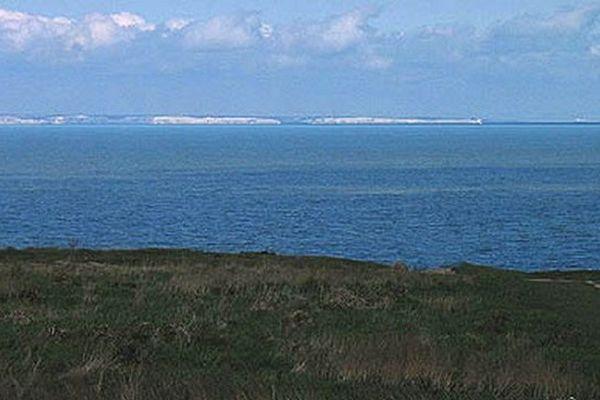 Douvres et la Manche vus de France