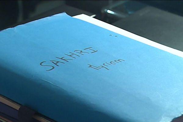 La famille de Myriam Sakhri a lancé une nouvelle offensive judiciaire, neuf ans après le suicide à Lyon de la sous-officier de gendarmerie. Une demande de réouverture d'une information judiciaire a été déposée. Elle va être étudiée par le procureur de Lyon.