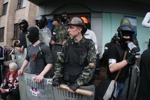 Revue de presse: l'Ukraine au bord de la guerre civile