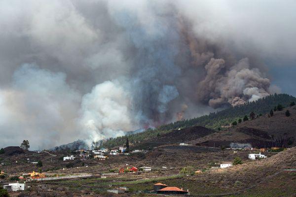 Canaries - La Palma (Espagne) - Le volcan Cumbre Vieja était en sommeil depuis 50 ans - 21 septembre 2021.