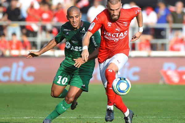 A domicile, Nîmes a perdu après avoir encaissé un but de Saint-Etienne.