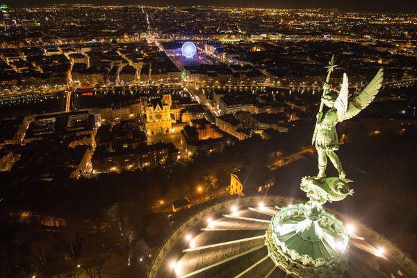 Au fil des siècles, Notre Dame a aussi traversé la peste et le choléra.