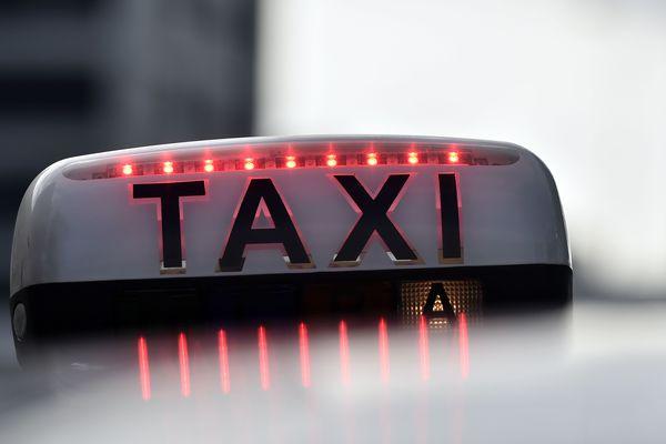 Les taxis sont mobilisés par la métropole pour garantir les déplacements du personnel soignant. Photo d'illustration.