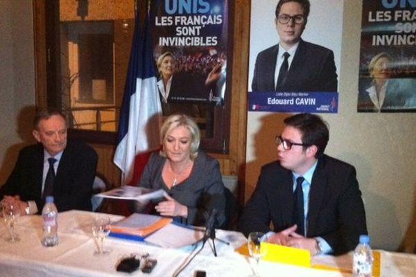 Marine Le Pen avec Edouard Cavin