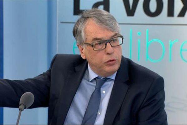 """""""Il manque 900 millions d'euros, l'Île-de-France se retire du financement"""""""