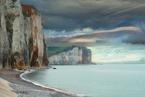 En Seine-Maritime, face à la Côte d'Albâtre, l'horizon s'ennuagera progressivement, au fil des heures de ce samedi.