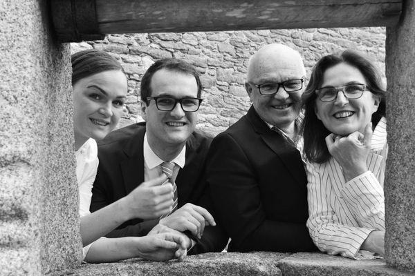 La cheffe Nolwenn Corre avec ses parents et son frère : l'Hostellerie de la Pointe-Saint-Mathieu, c'est d'abord une histoire de famille