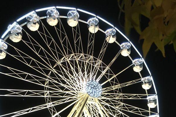 La grande roue place Carrière donne le vertige