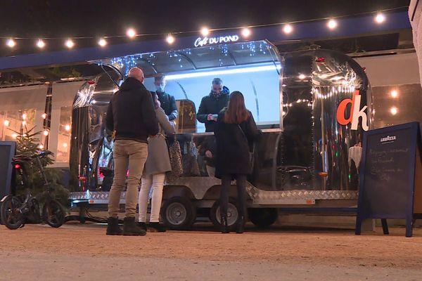"""Première soirée de la """"Caravane des Chefs"""" place Lyautey à Lyon 6e avec le chef Marc Boissieux"""