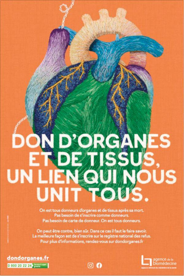 Chaque année, le 22 juin, une journée organisée par l'Agence de la biomédecine invite le grand public à la réflexion sur le don d'organes et de tissus et à la reconnaissance aux donneurs ainsi qu'à leurs proches.