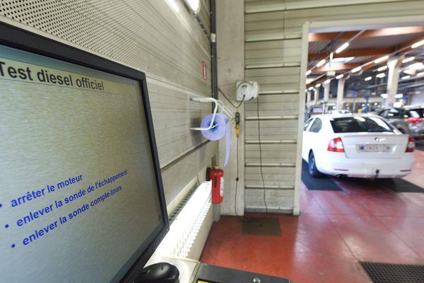 Le report du durcissement du contrôle technique met aussi en veilleuse l'abaissement des seuils de pollution des diesel. Photo illustration.