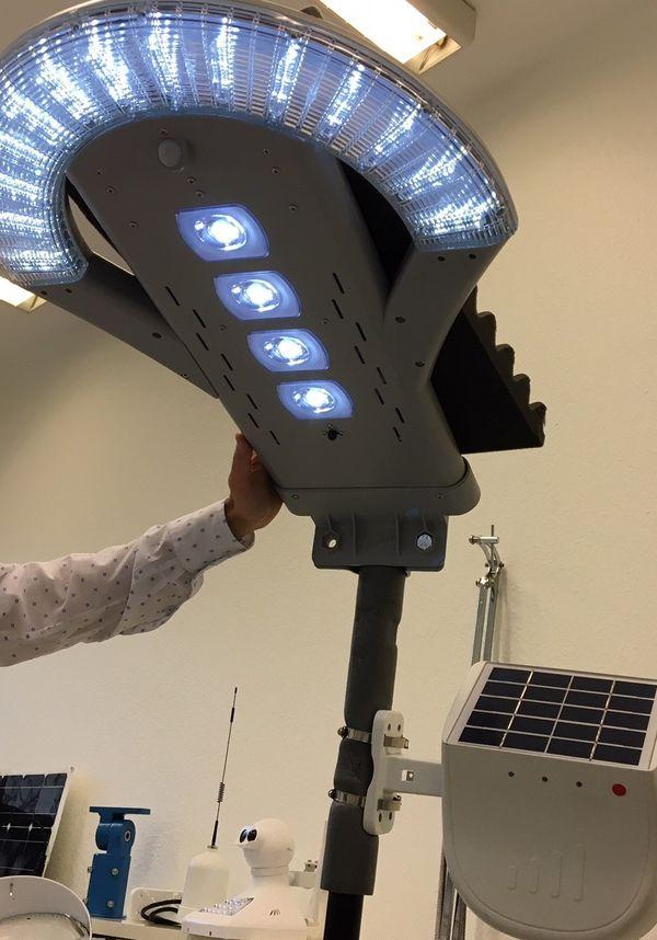 L'intelligence artificielle rend cette lampe totalement autonome dans sa gestion