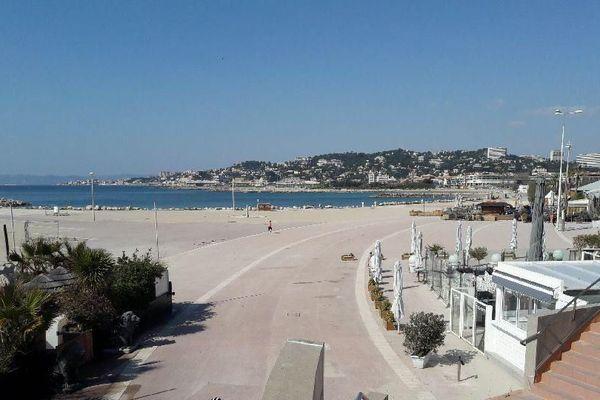 19-03-2020 : les plages du Prado de Marseille vides en plein confinement.