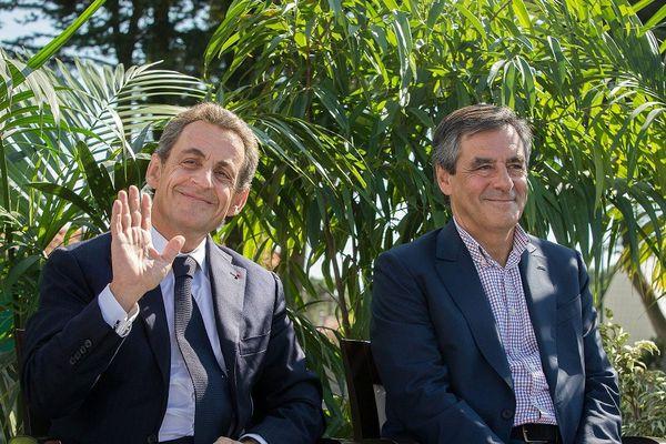 Le 5 septembre 2015, l'ex Président de la République Nicolas Sarkozy et l'ancien Premier Ministre Francois Fillon à l'Université d'été des Républicains de La Baule