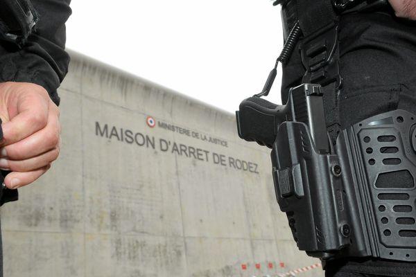 L'agression sur les deux surveillants est intervenue samedi, 31 août, en fin de matinée, à la maison d'arrêt de Rodez (Aveyron).