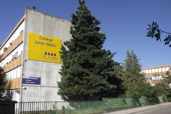 Le collège Jules Vallès, quartier Mas de Mingue à Nîmes (30) en 2011.
