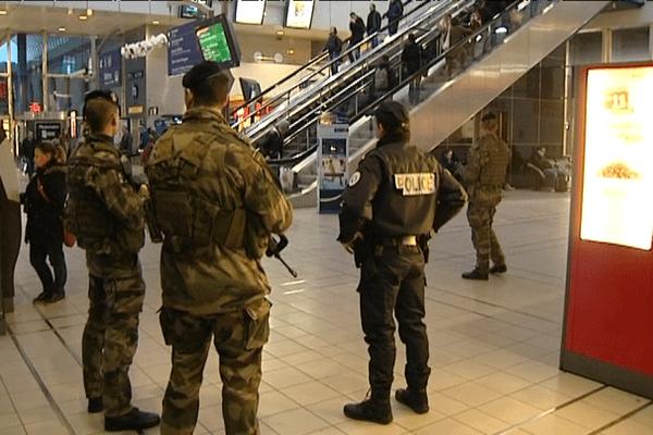 Présence militaires accrue dans le cadre du plan vigipirate en gare de Rennes