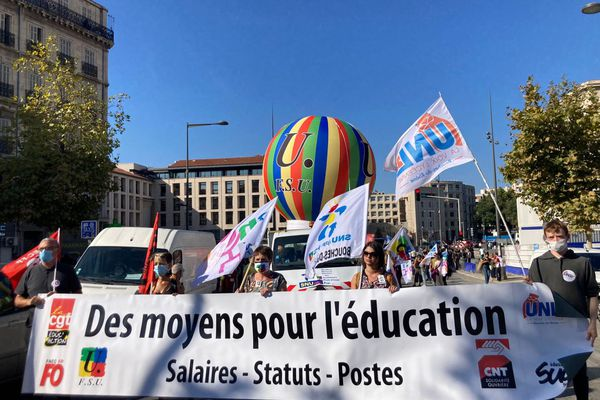 A Marseille la manifestation a rassemblé plusieurs centaines de personnes.