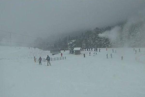 Ouverture des pistes et arrivée massive des skieurs au Mont-Dore