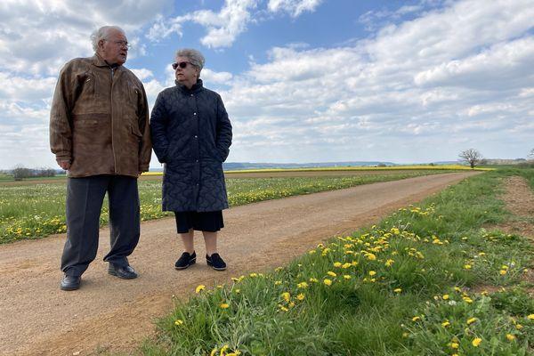 """A Langres, en Haute-Marne, Jean-Claude Fourtier, et sa femme Anita, ont créé un site internet, dédié notamment au """"point triple"""" hydrographique."""