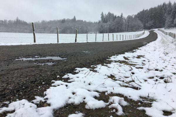 Il a neigé dans le Limousin tôt ce mardi 12 janvier 2021 au matin.