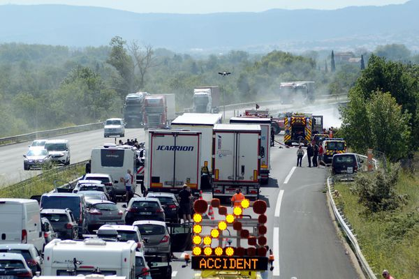 L'accident a déclenché de gros embouteillages sur l'autoroute A9 ce vendredi 27 août.