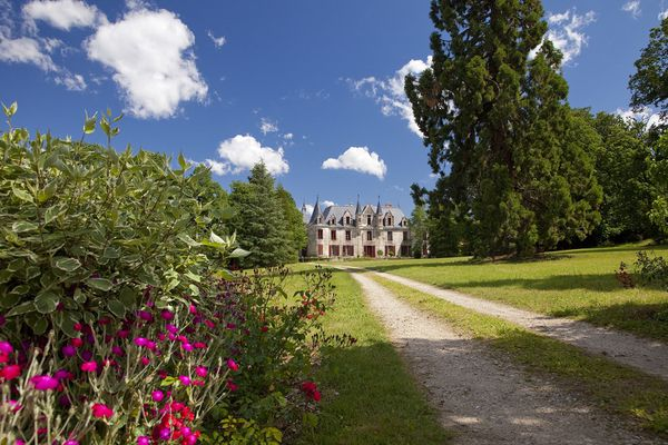 22 parcs et jardins des Pays-de-la-Loire participent au Neurodon, comme celui du château de Nesmy en Vendée