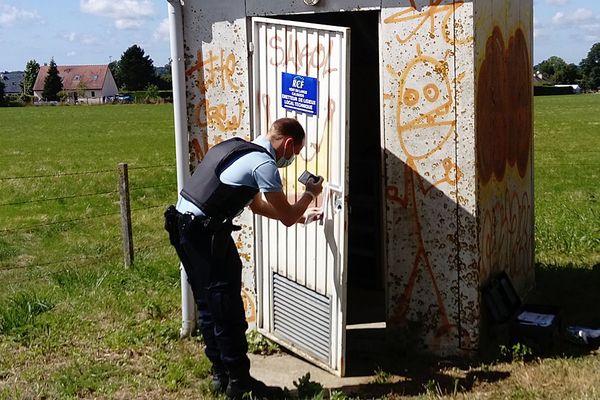 Ce local technique, près de Lisieux, abritant le matériel d'émission de la radio RCF aurait été cambriolé dans la nuit de samedi à dimanche