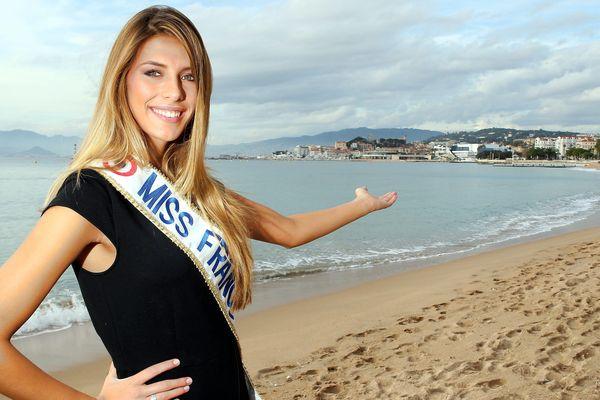Camille Cerf, Miss France, à cannes, le 13 décembre 2014.