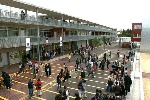 Le collège Las Cazes, à Montpellier...bientôt collège Simone Veil.