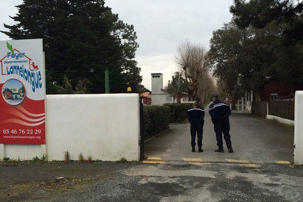 Le foyer de Lannelongue, à Saint-Trojan (17) est totalement bouclé par les forces de l'ordre