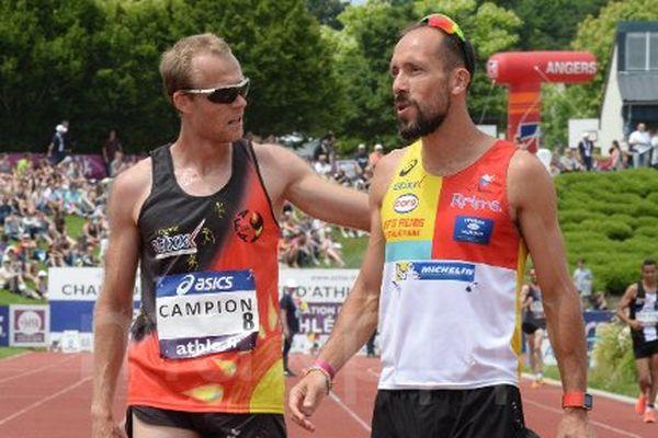 Kévin Campion (à gauche) avec le médaillé d'or sur le 50 km marche Yohann Diniz, ici aux Championnats de France ELITE d'Athlétisme.