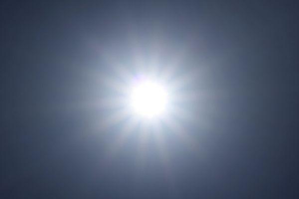 Du soleil, un point c'est tout...