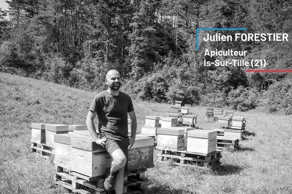 Julien Forestier, apiculteur à Is-sur-Tille en Côte-d'Or, vend son miel à la marque Bleu Blanc Ruche