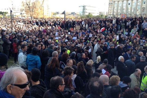 Montpellier - la foule place de l'Europe - 11 janvier 2015.